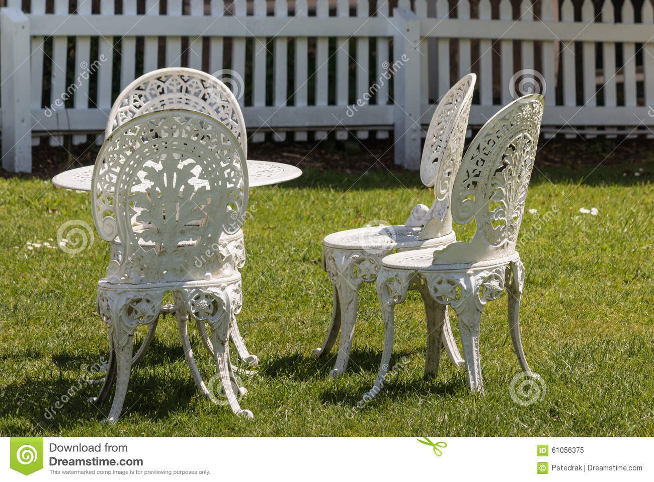 White wrought iron garden furniture stock photo image for White iron garden furniture