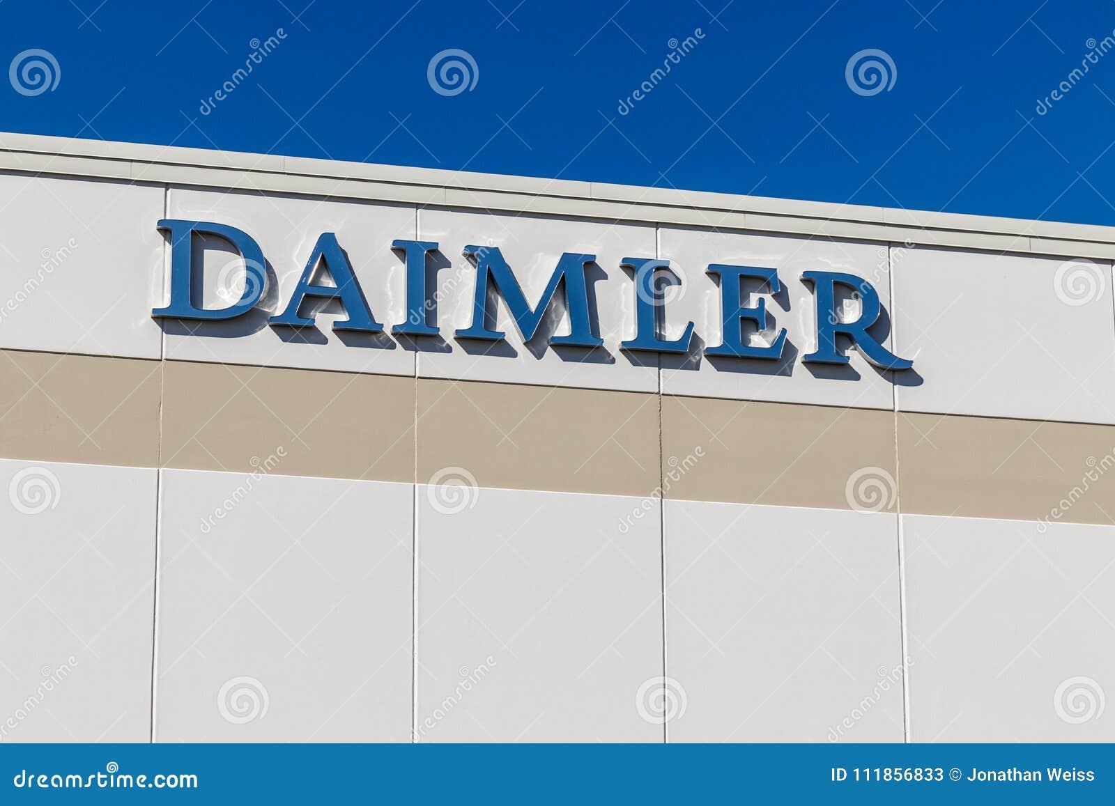 Whitestown - circa im März 2018: Daimler tauscht Nordamerika-Absatzzentrum Daimler-LKWs ist früher Freightliner I