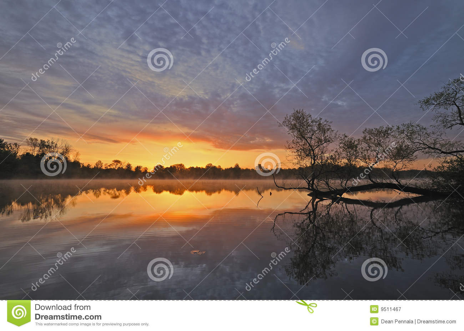Whitford восхода солнца озера