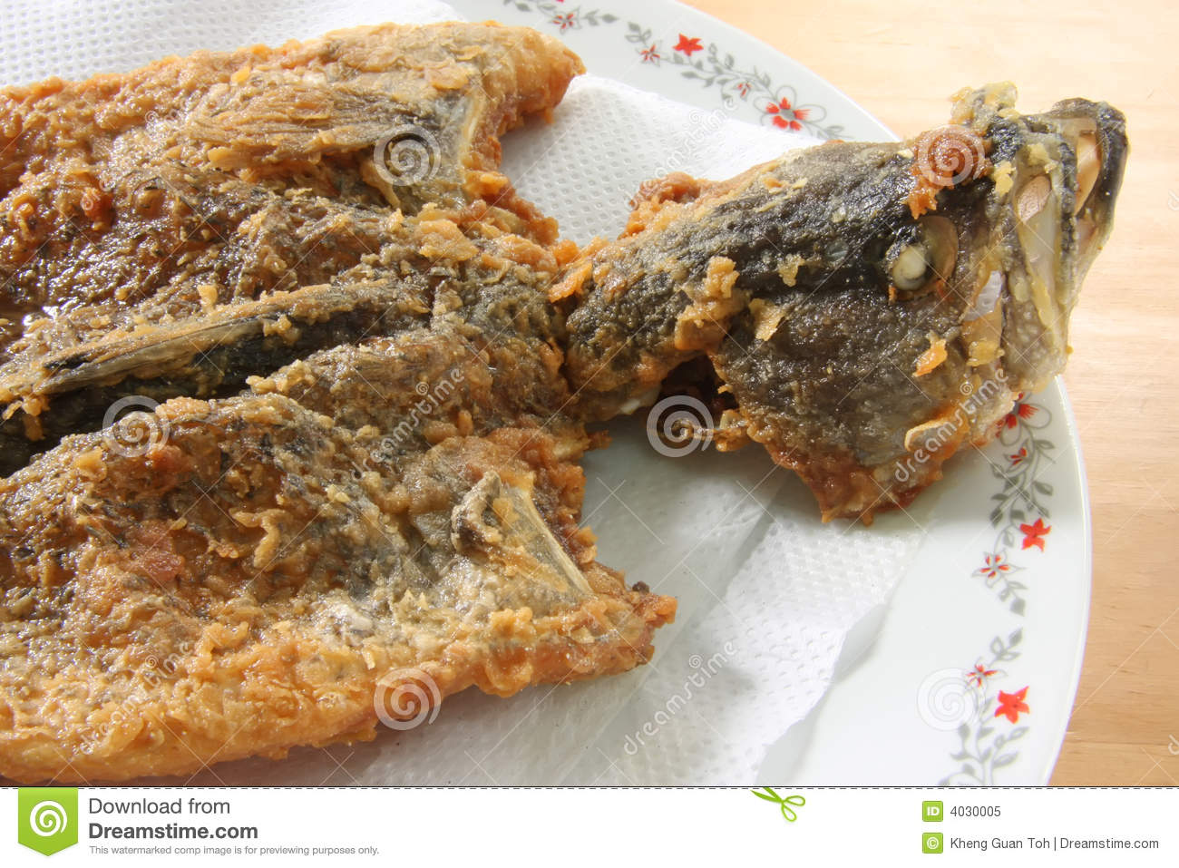 Whole fried fish royalty free stock photo image 4030005 for Deep fried whole fish