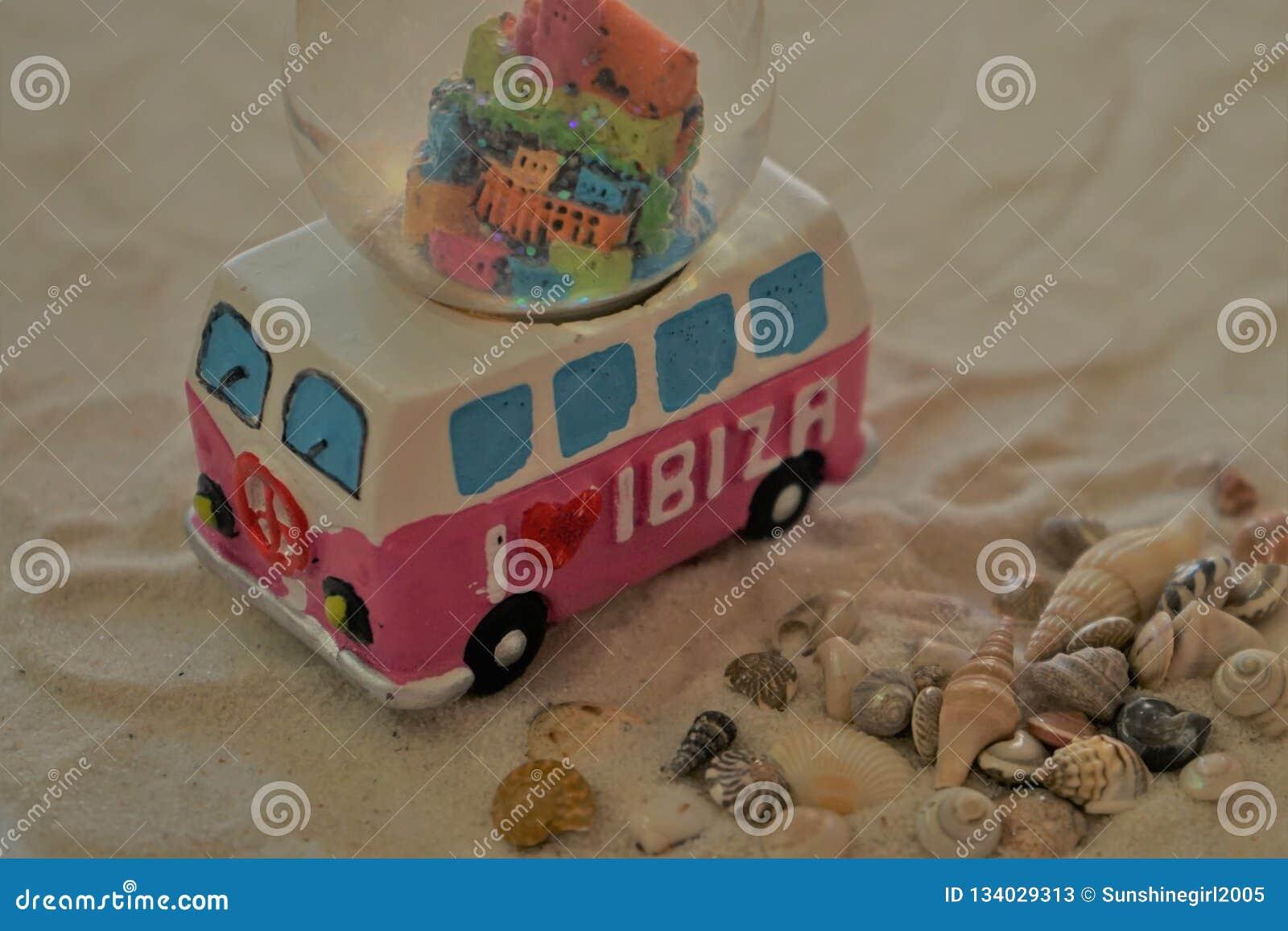 Whoop, gehen wir zu Ibiza