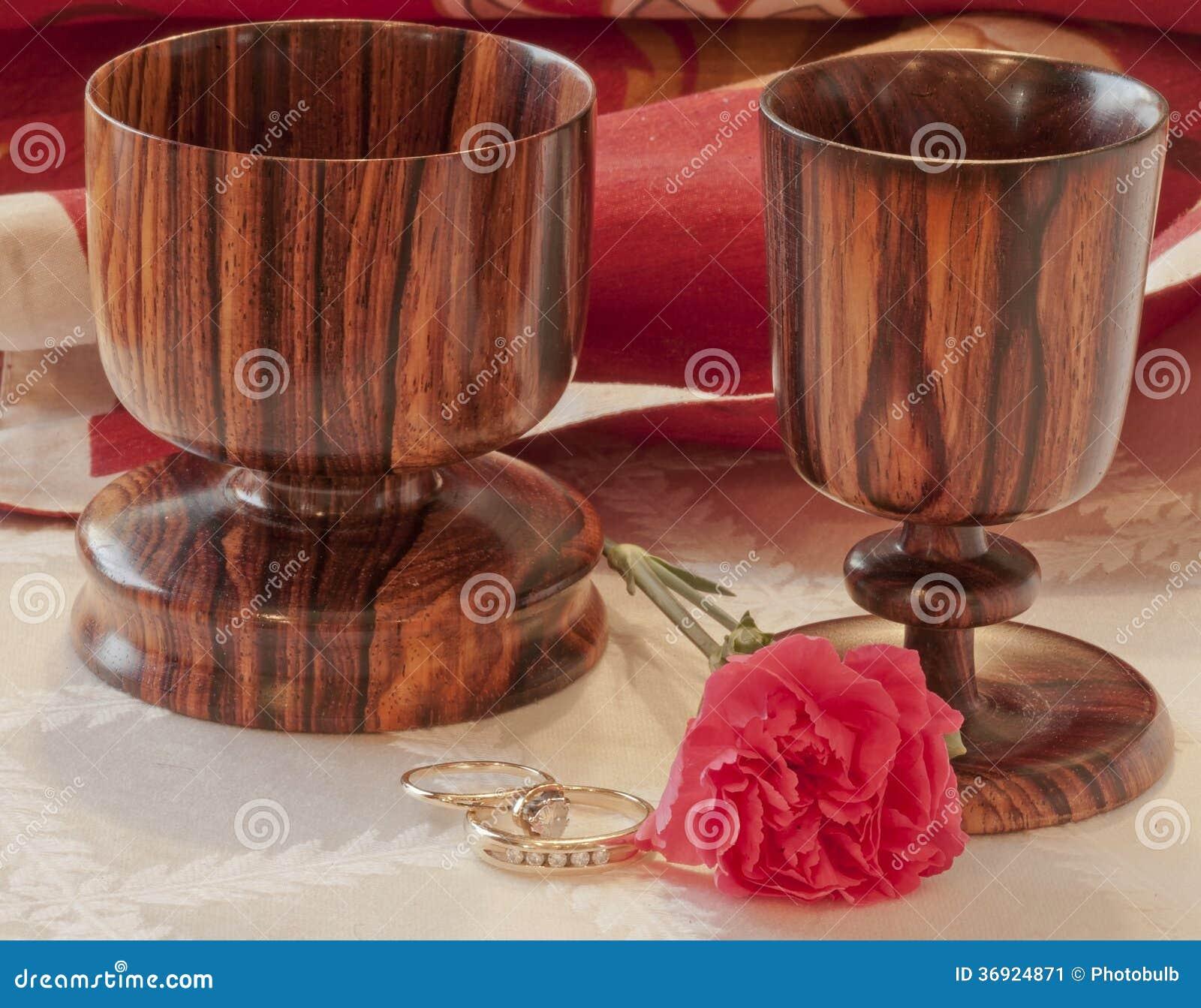 Więź--Obrączki Ślubne & Drewniane czara