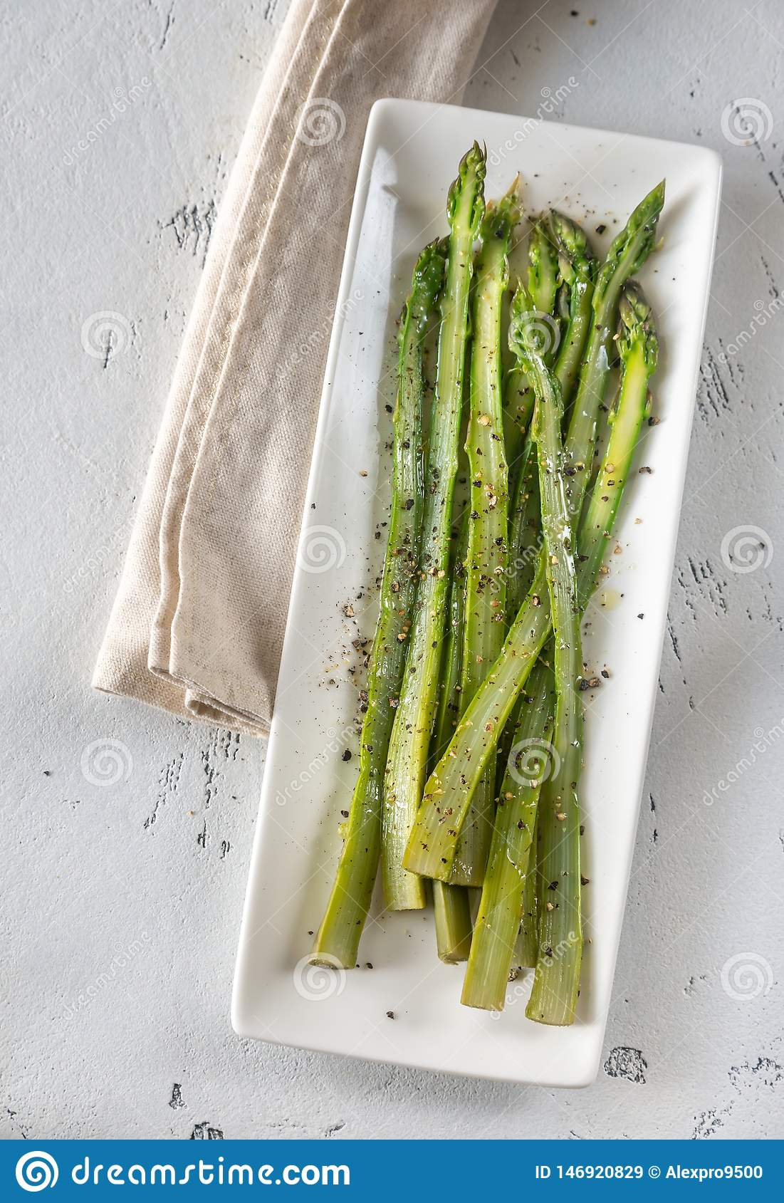 Wi?zka gotuj?cy asparagus