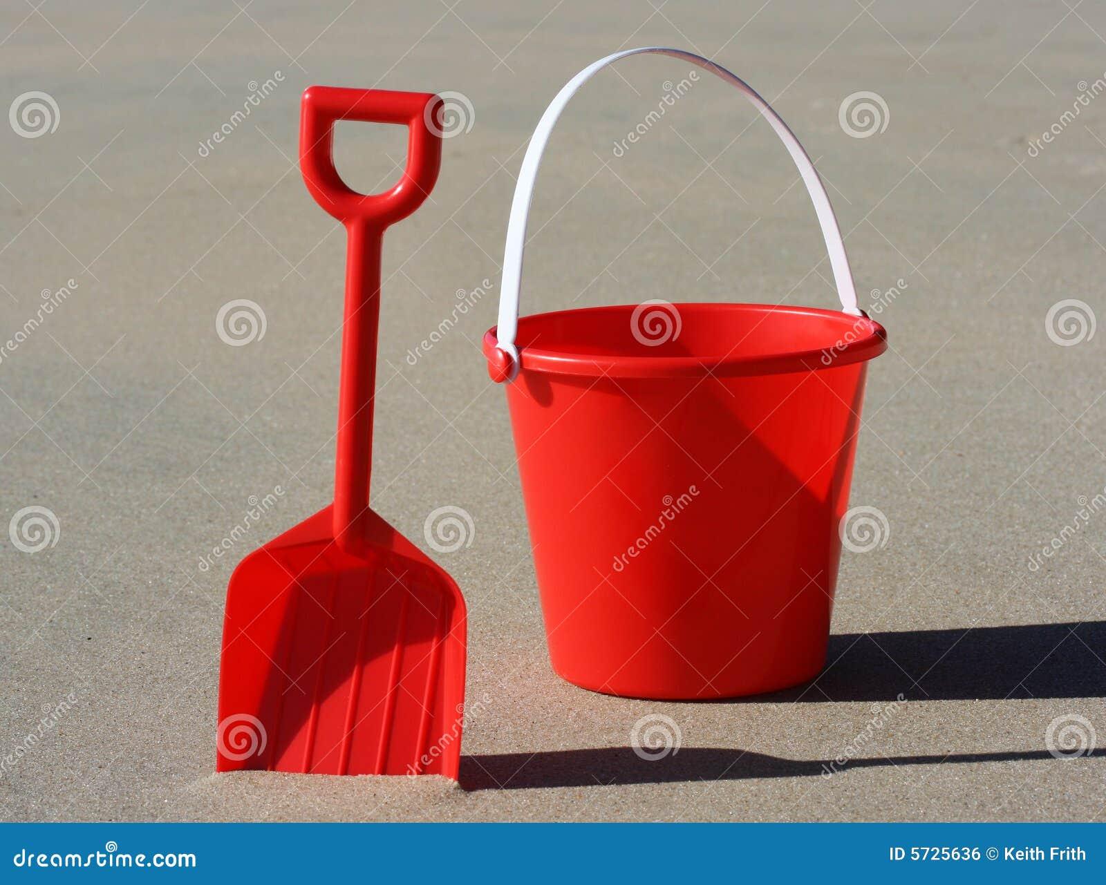 Wiadro czerwonym spade