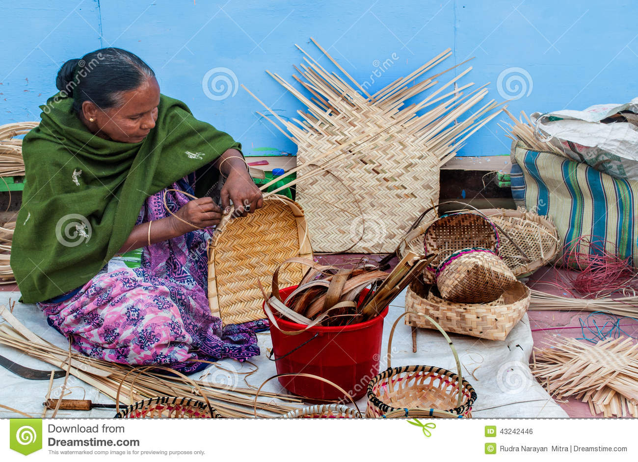 Handicraft Basketry : Wicker baskets indian handicrafts fair at kolkata