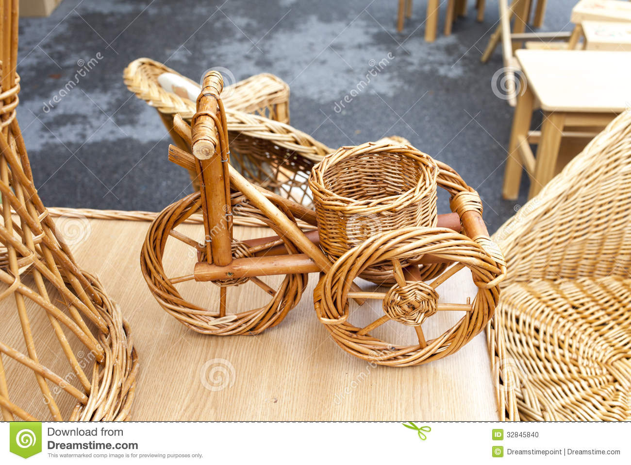 Wicker bicycle and furniture stock photo image 32845840 - Muebles de mimbre ...