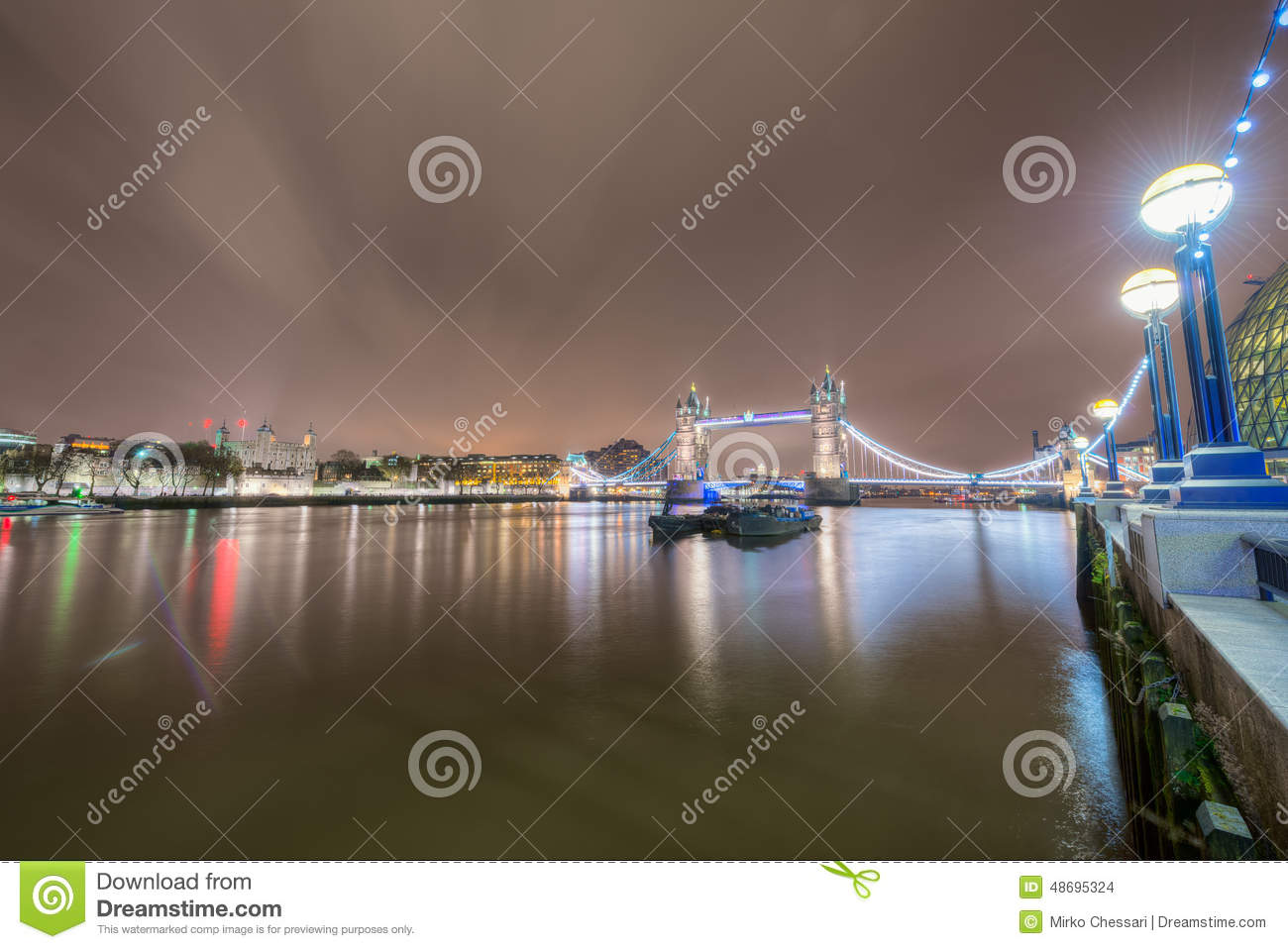 Wide view of Thames river with the Tower Bridge