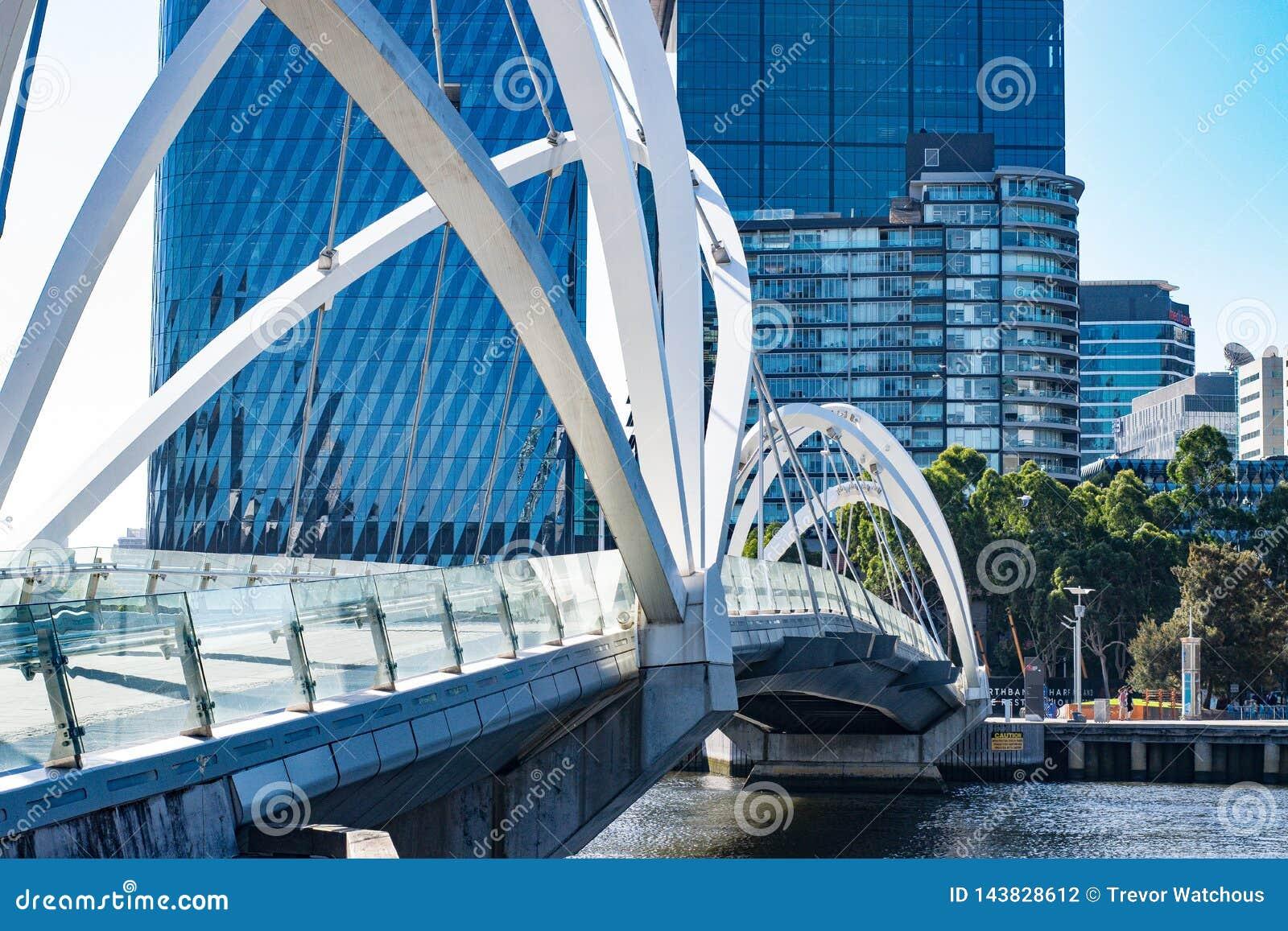 Widok żeglarza most w Melbourne, Australia