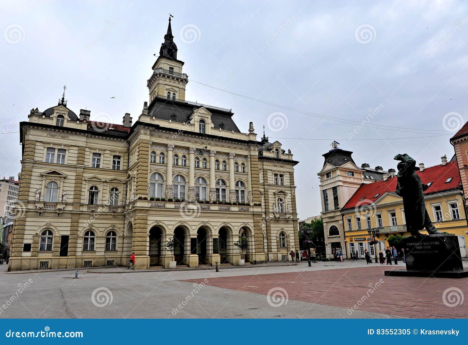 Widok główny plac Novi Sad miasto, Serbia