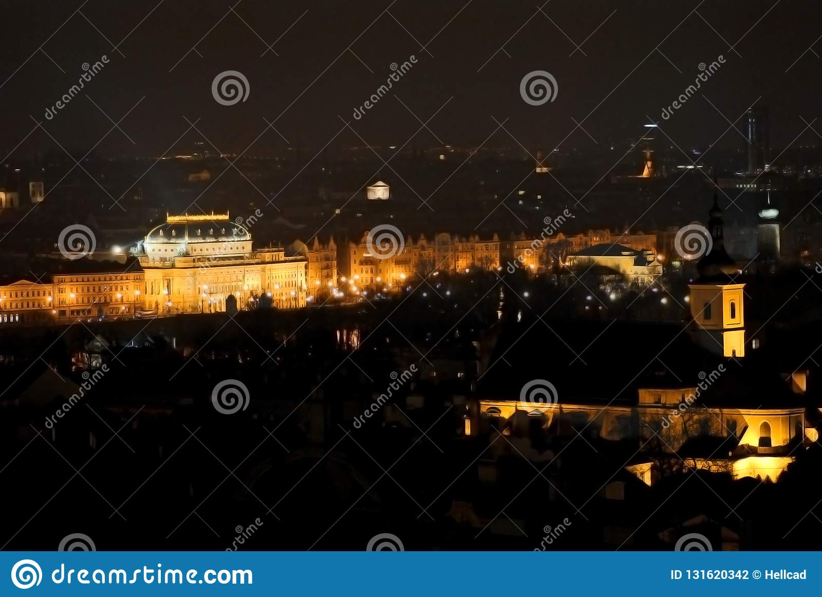 Widok Krajowy teatr w Praga