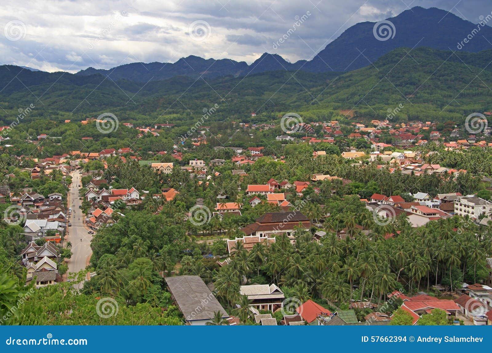 Widok Luang Prabang od Phousi góry