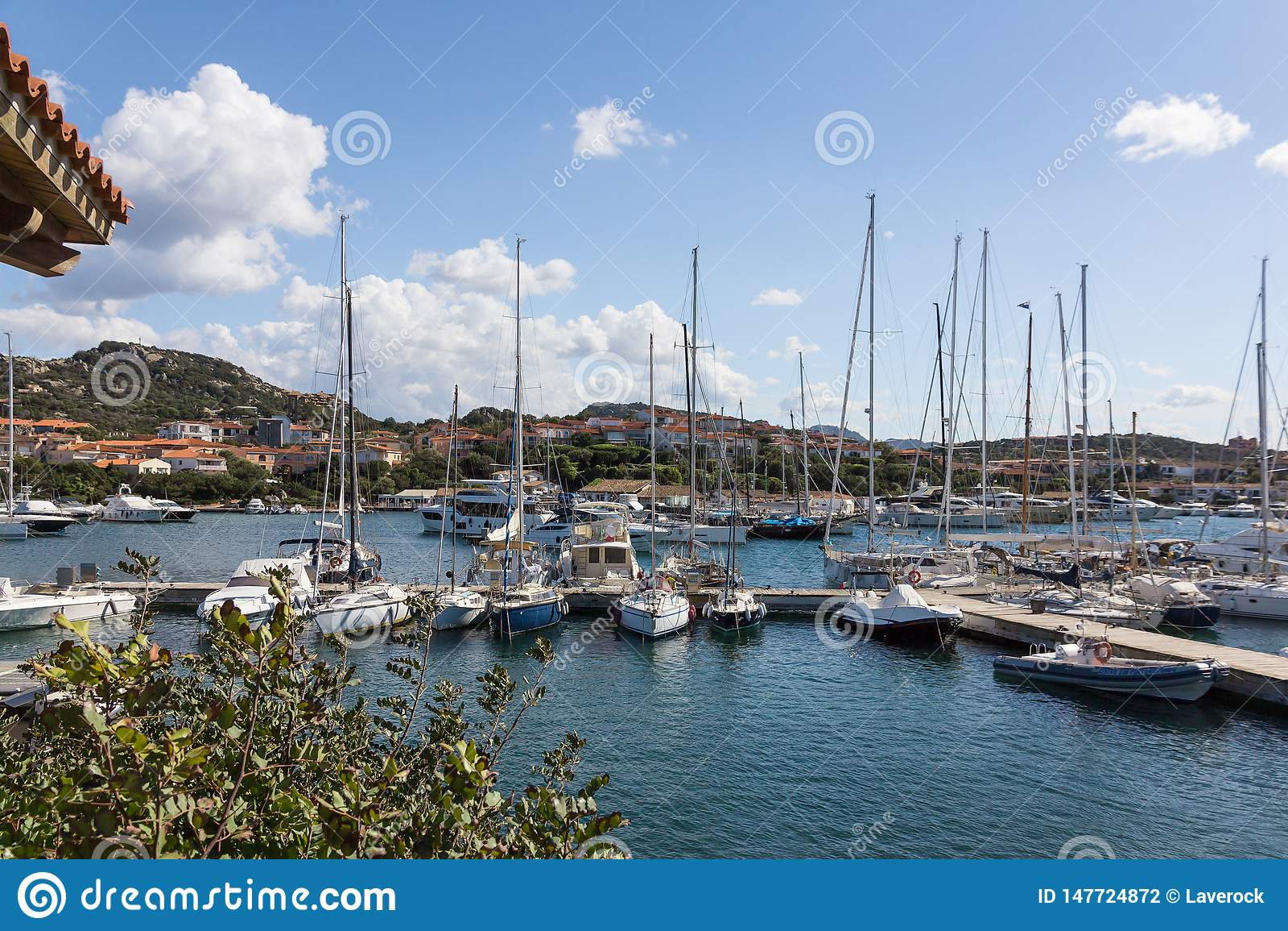 Widok marina w Porto Rotondo, Sardinia, Włochy