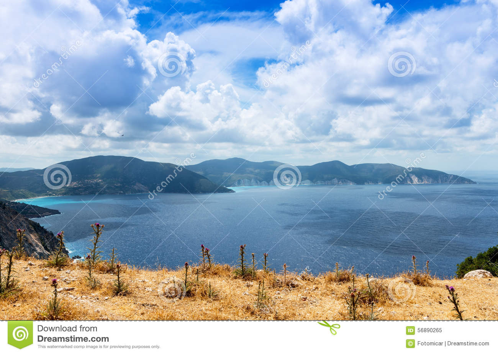 Widok od Myrtos plaży