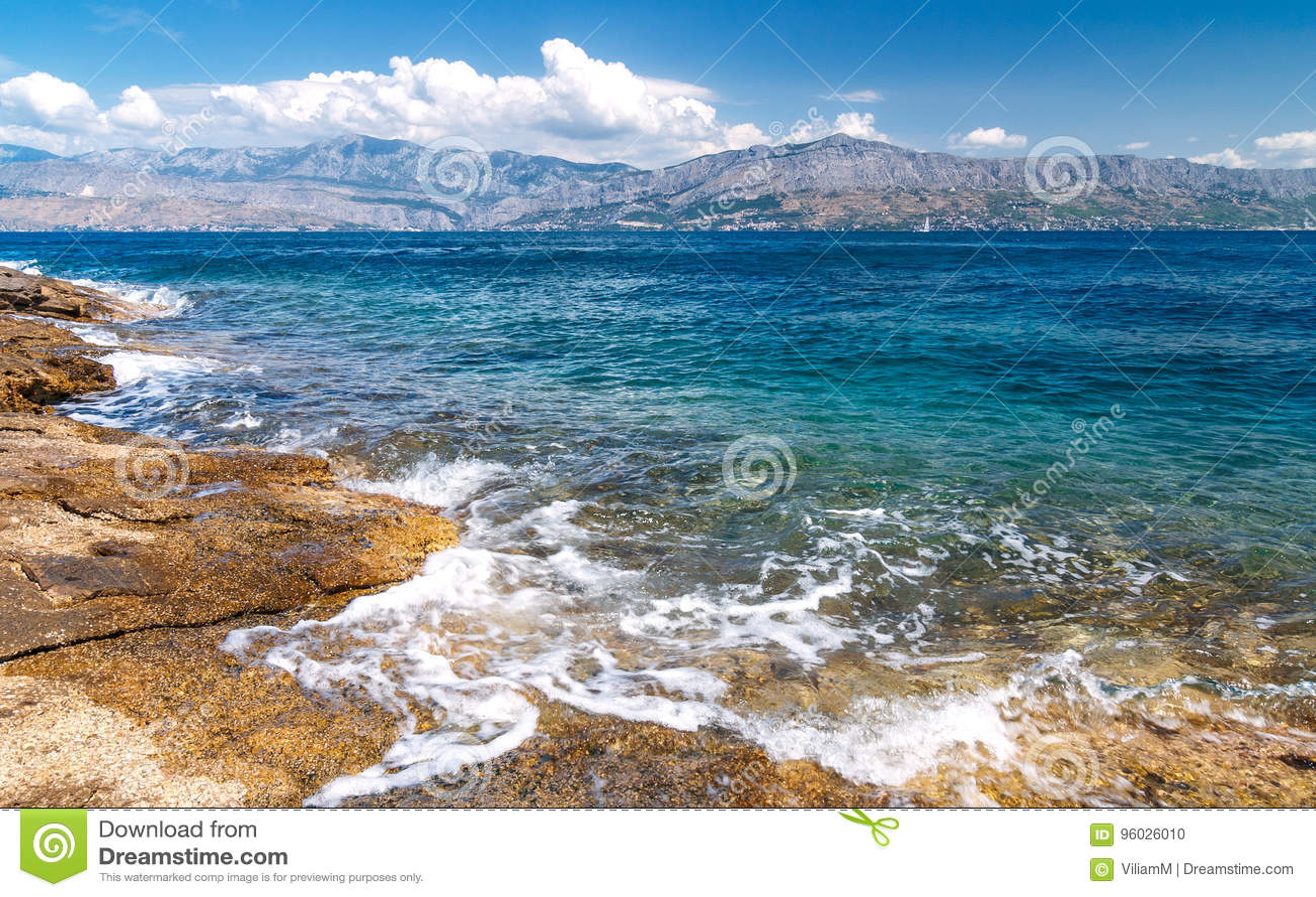 Widok od wyspy Brac