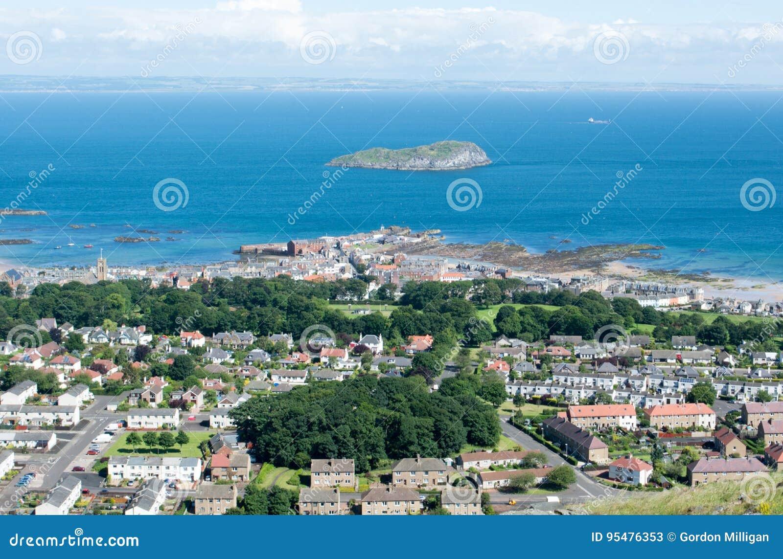 Widok Północny Berwick i wyspa Ailsa Craig od Nort