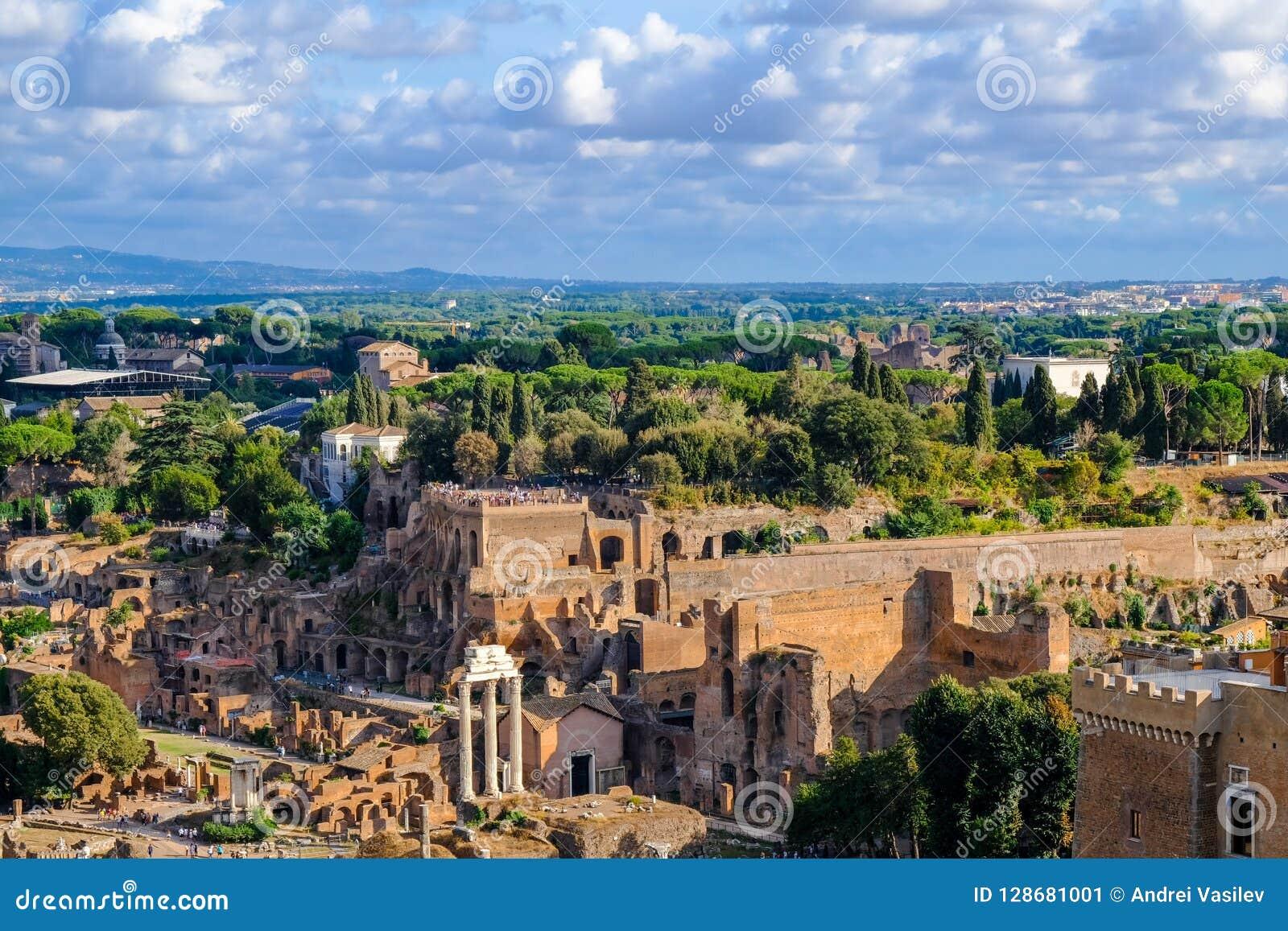 Widok palatynu wzgórze i ruiny Antyczny Rzym