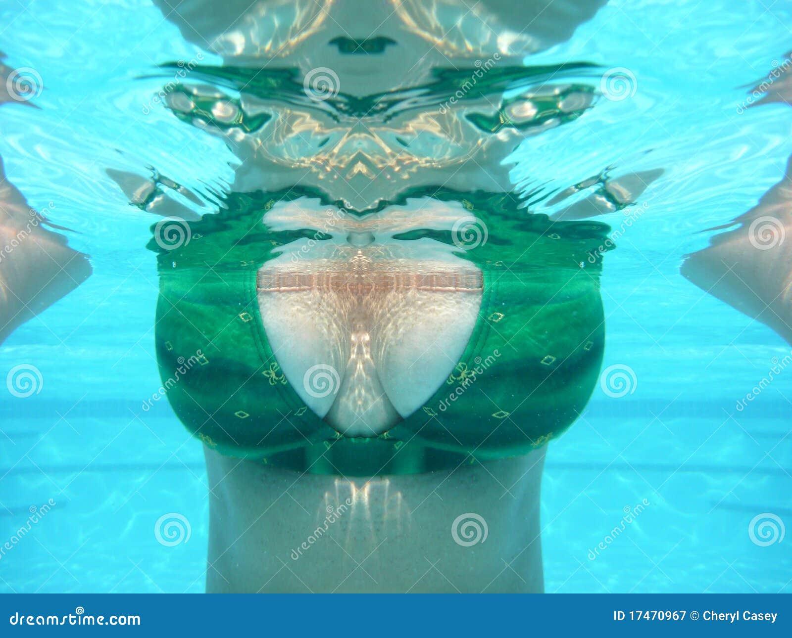 Widok podwodna kobieta