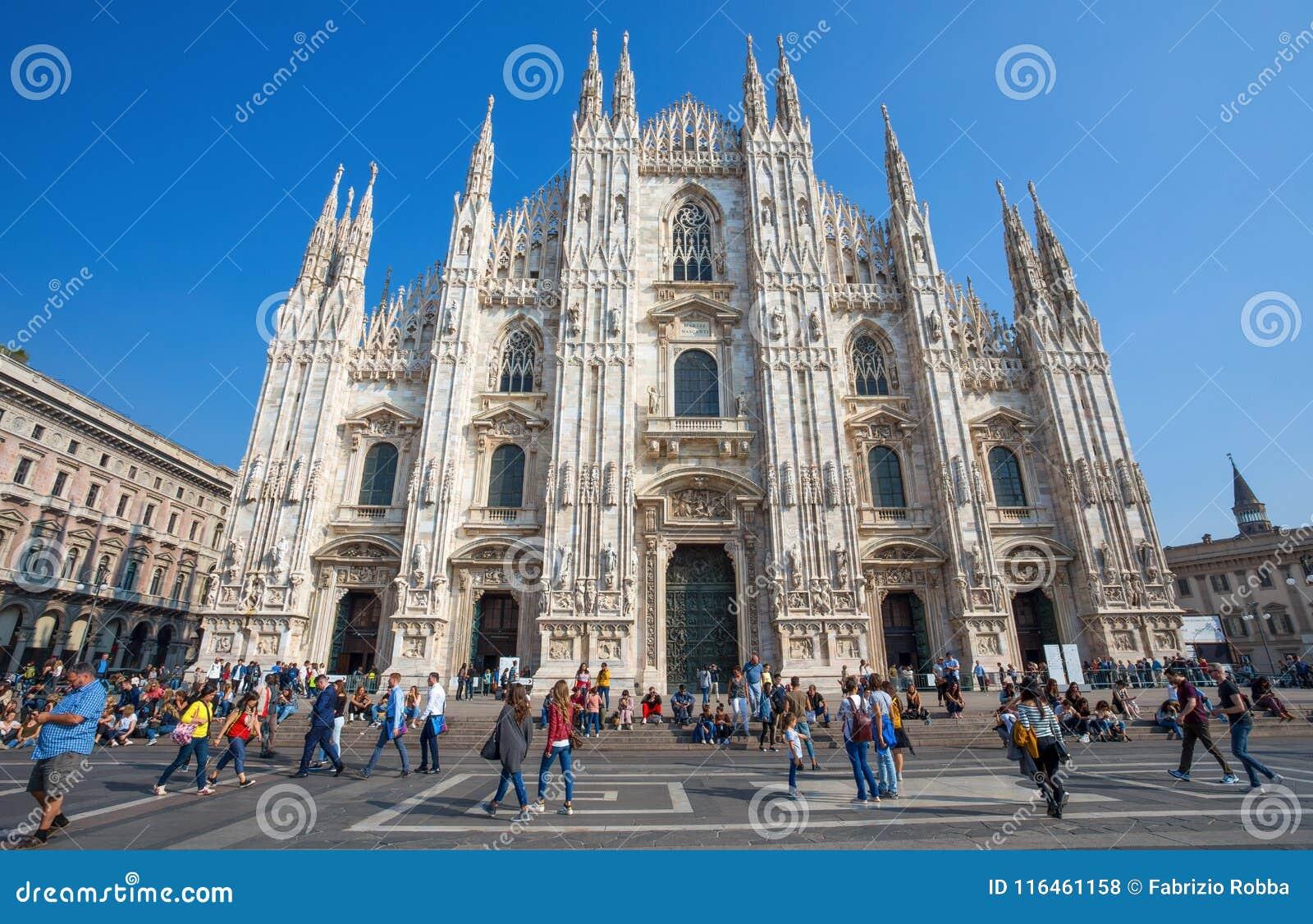 Widok sławni Mediolańscy Katedralni Duomo di Milano, Włochy