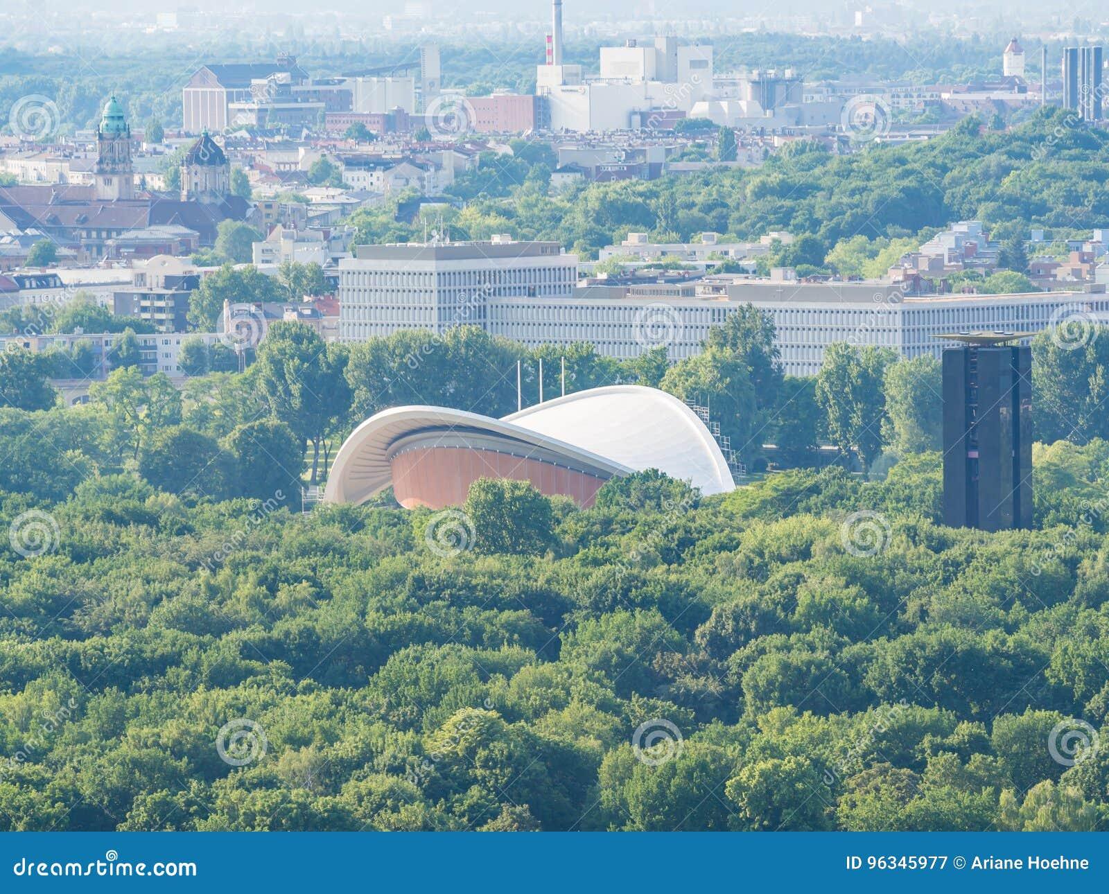 Widok z lotu ptaka Haus dera Kulturen dera obrzęk