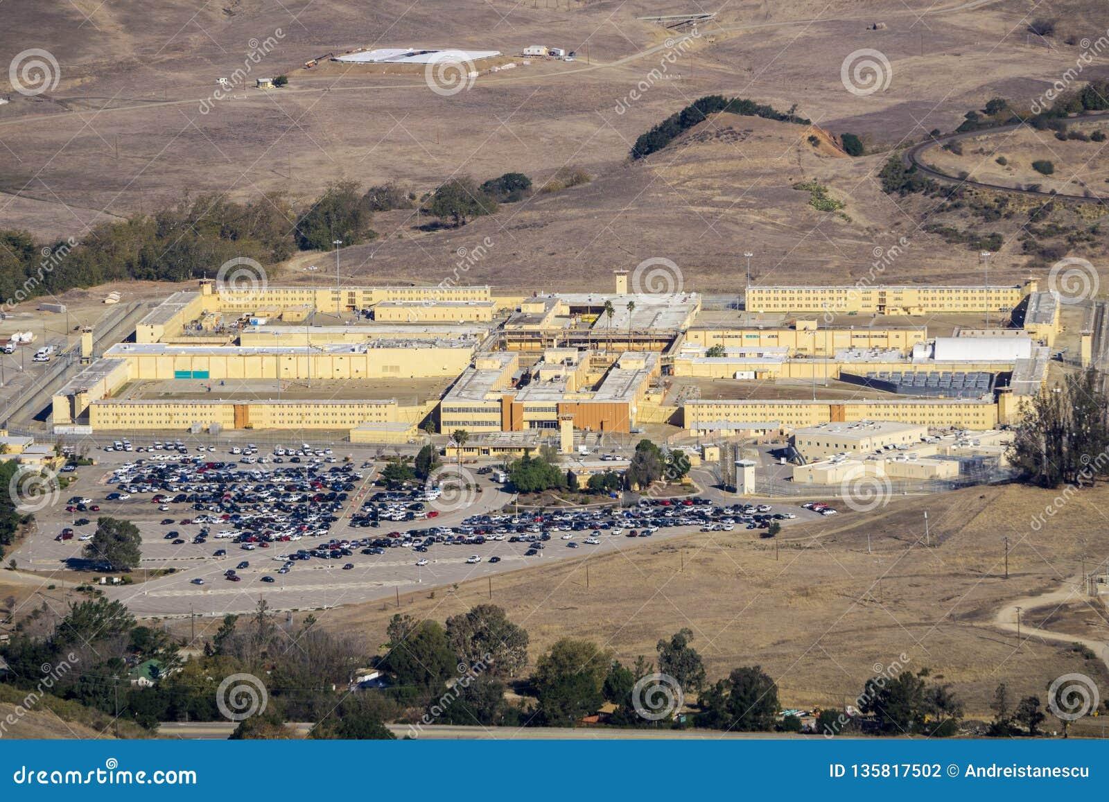 Widok z lotu ptaka Kalifornia mężczyźni «s kolonia, jedyny więzienie stanowe lokalizował północnego zachód miasto san luis Obispo
