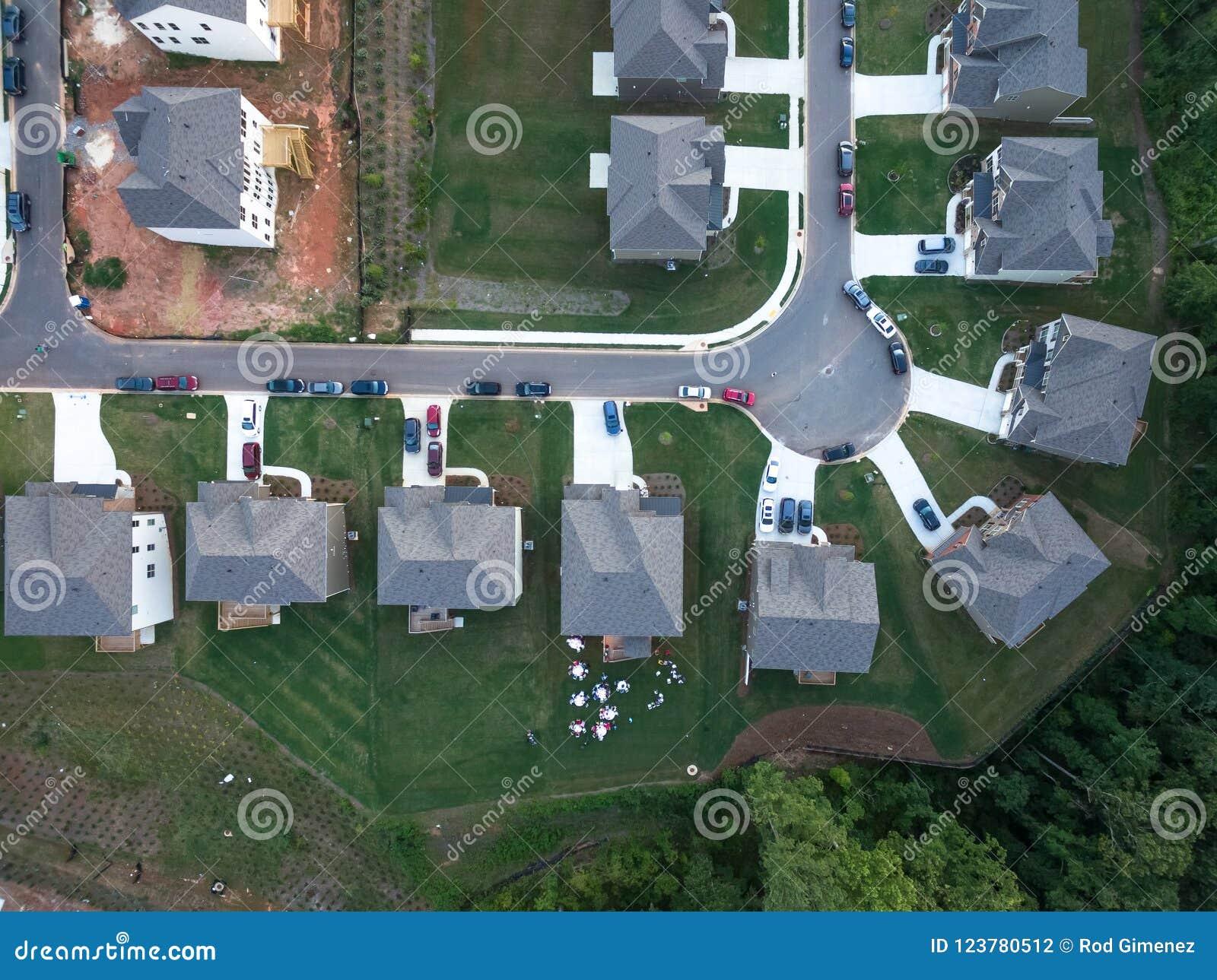 Widok z lotu ptaka mieszkanie własnościowe Cul De Sac w Południowym Stany Zjednoczone