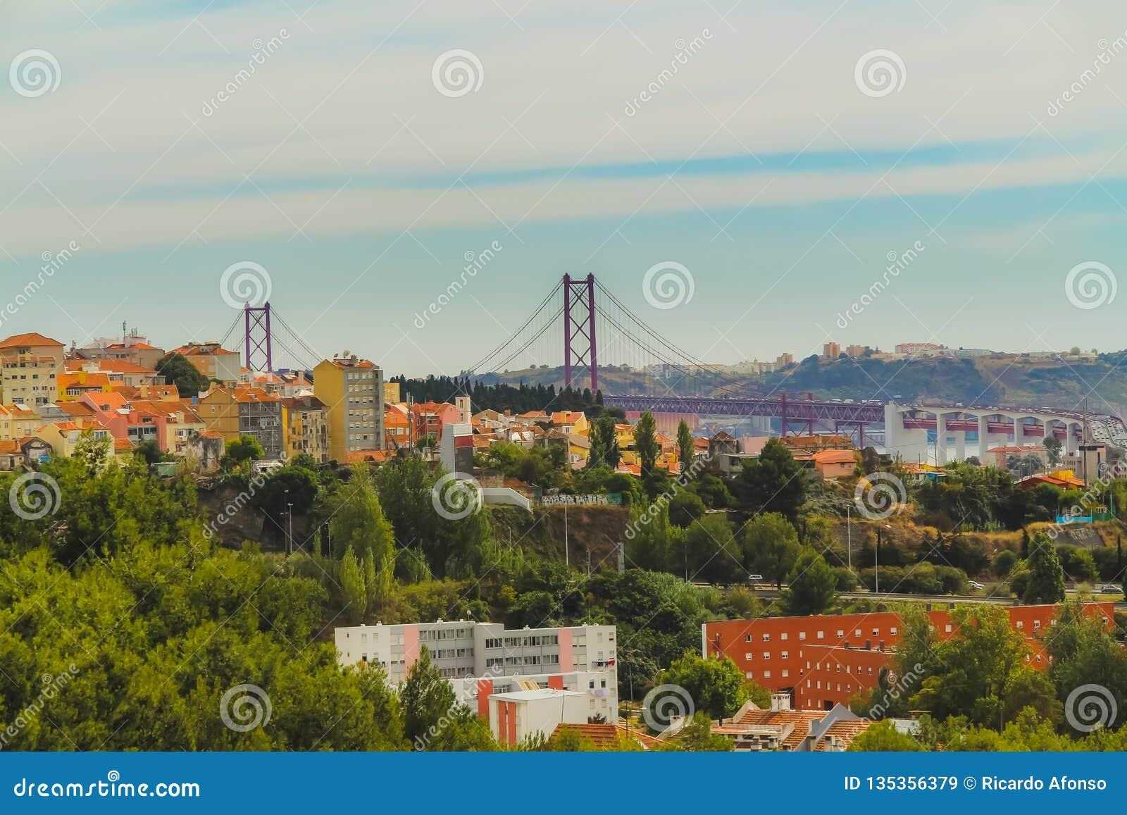 Widok zachodnia strona Lisbon