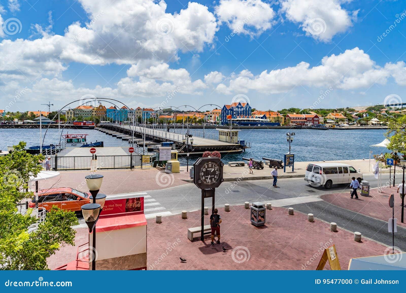 Widoku puszek Punda nabrzeża Curacao widoki
