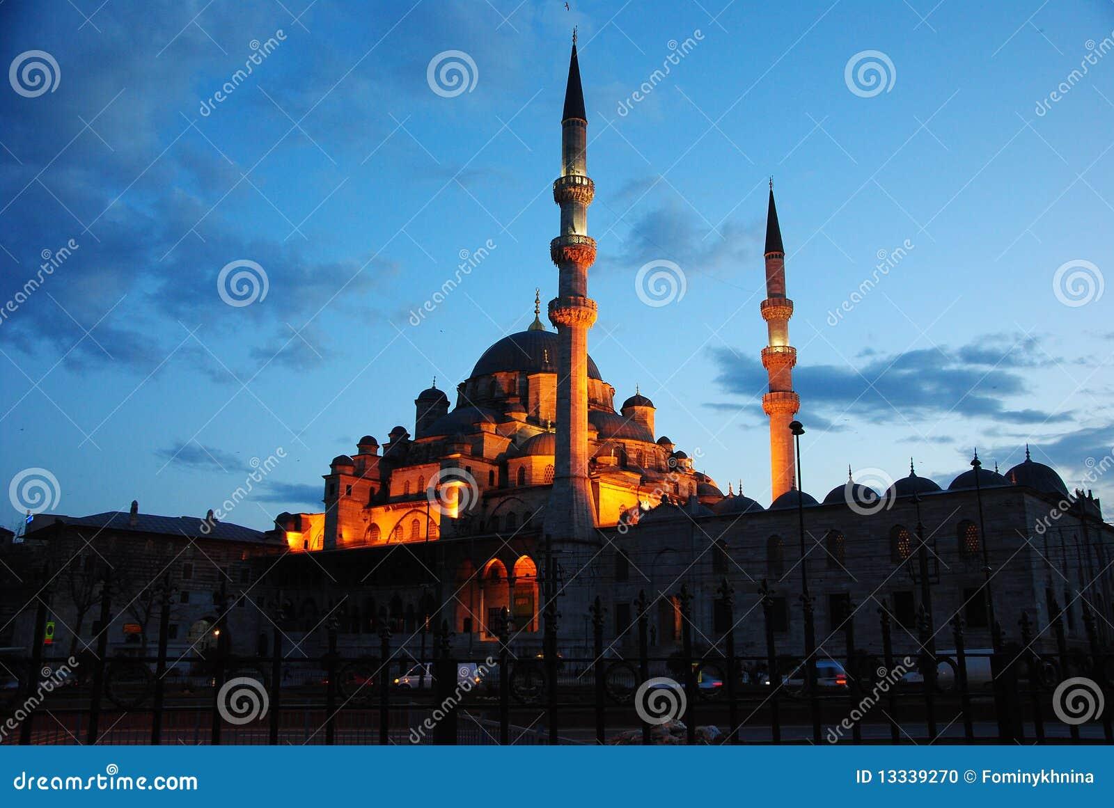 Wieczór Istanbul meczetowi muslim widzią t