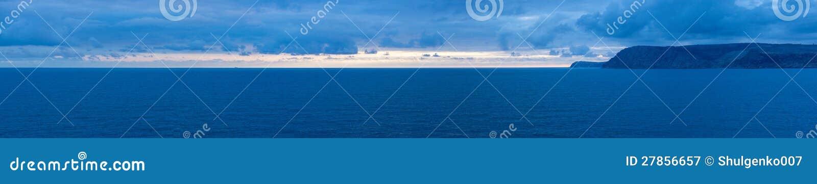 Wieczór, zmierzchu Czarny morze krajobraz