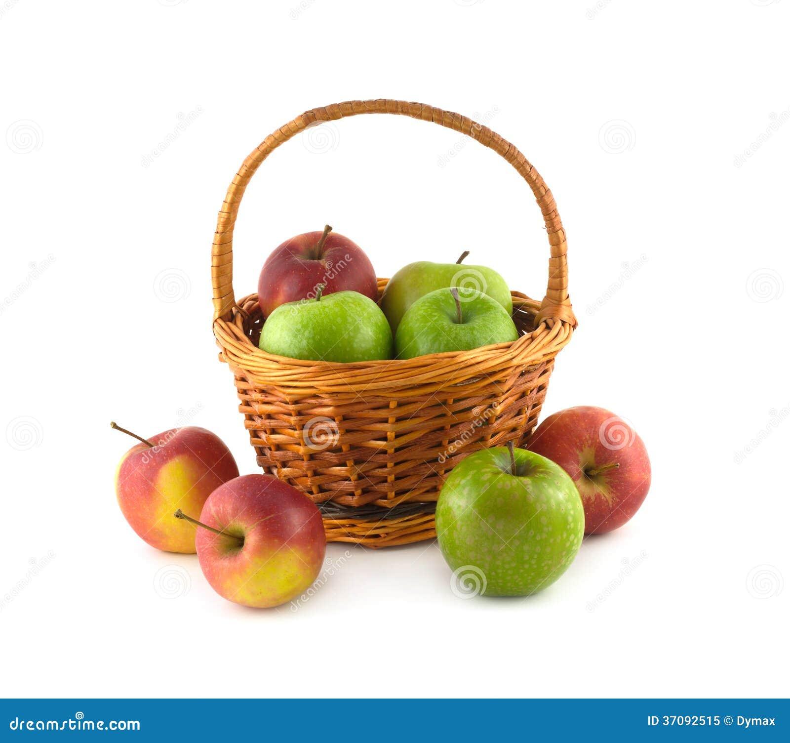 Download Wiele Dojrzali Kolorów Jabłka W Brown łozinowym Koszu I Zbliżają Je Odizolowywającego Obraz Stock - Obraz złożonej z zatrzymuje, życie: 37092515