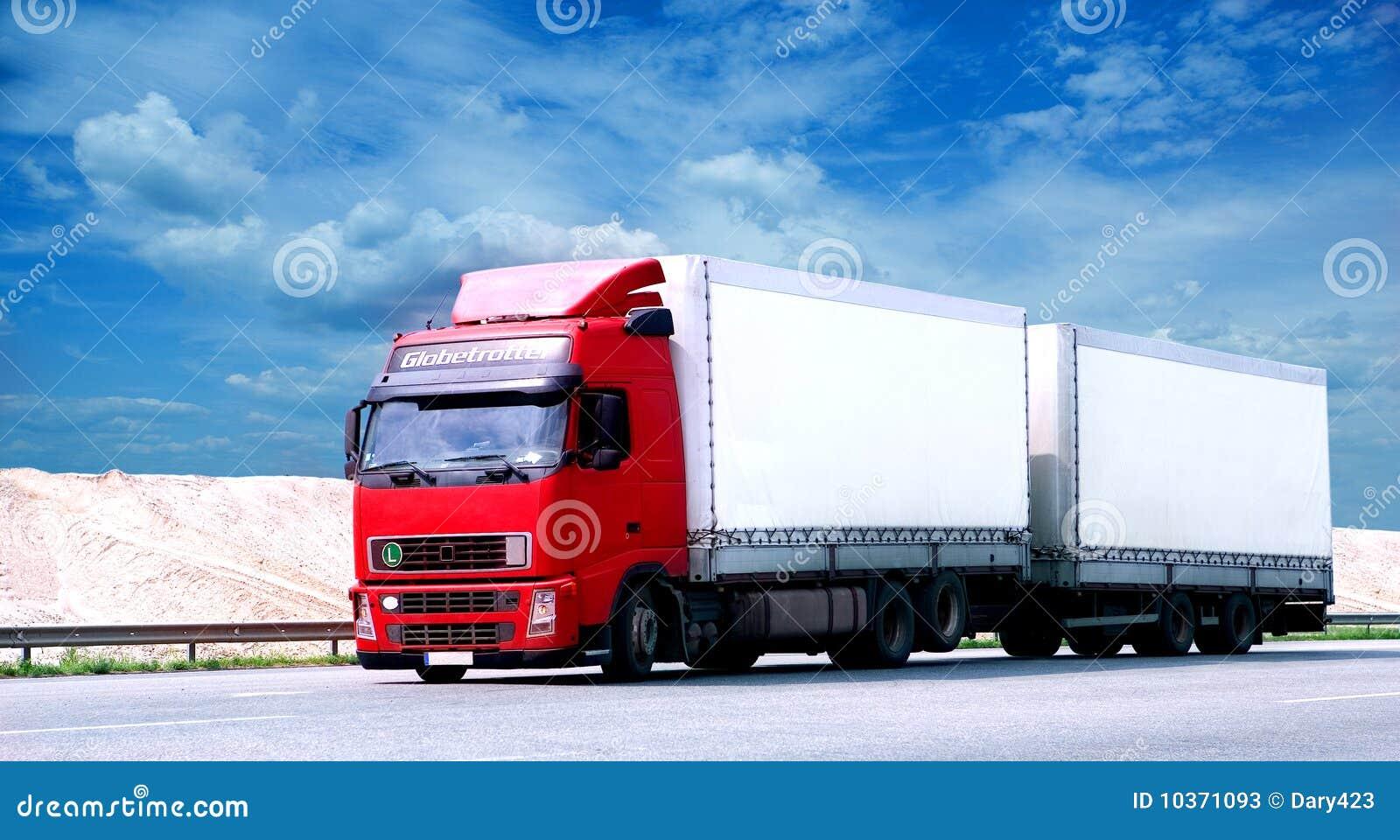 Wielka ciągnikowej przyczepy ciężarówka