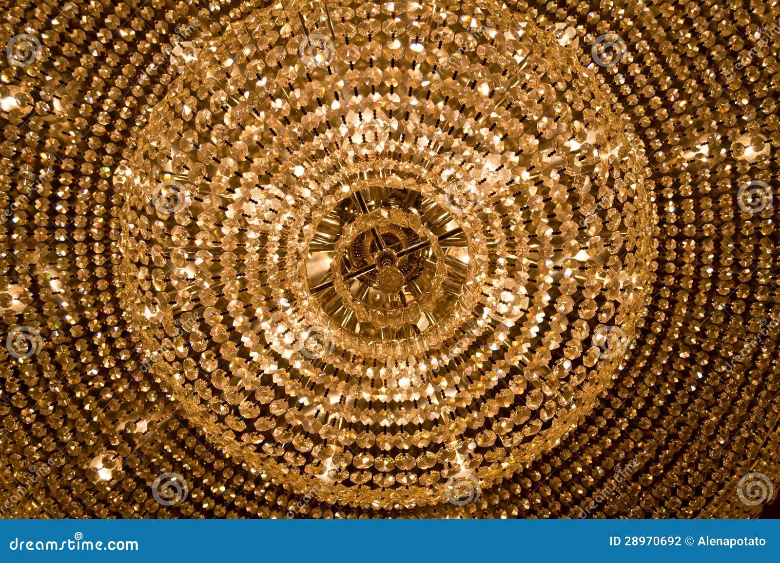 Wielki świecznik z żółtymi kryształami
