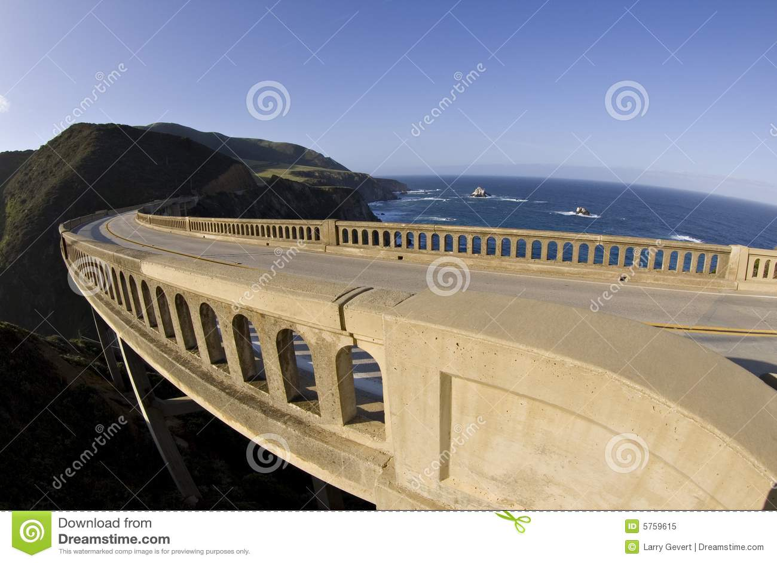 Wielki nagiąć mostu sur Kalifornii