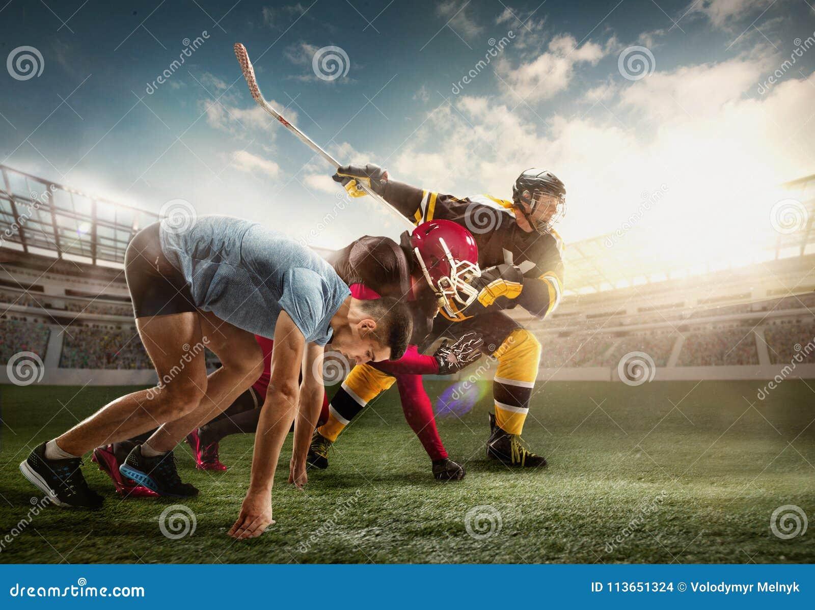 Wielo- sporta kolaż o Lodowym hokeju, bieg, futbol amerykański gracze przy stadium
