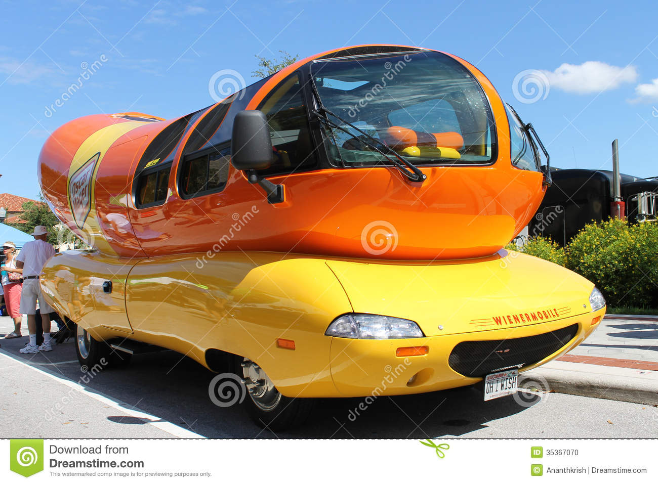 Wienermobile At The Car Show Editorial Image Image Of Lakeland - Car show florida