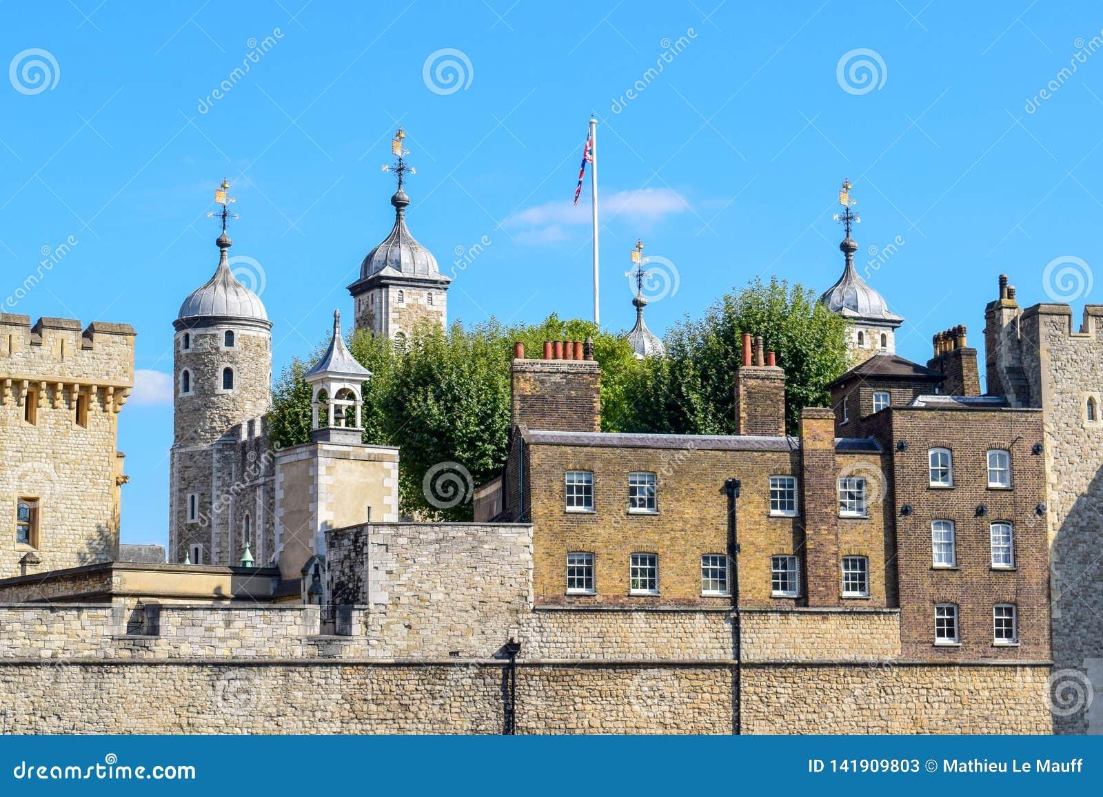 Wierza Londyn w górę widoku