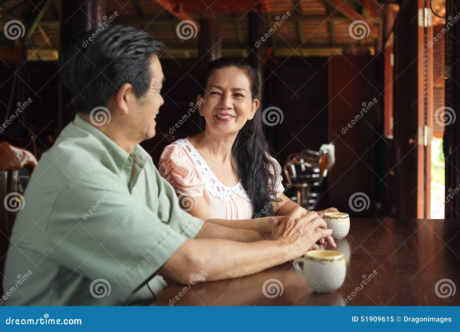 Wietnamska starsza para