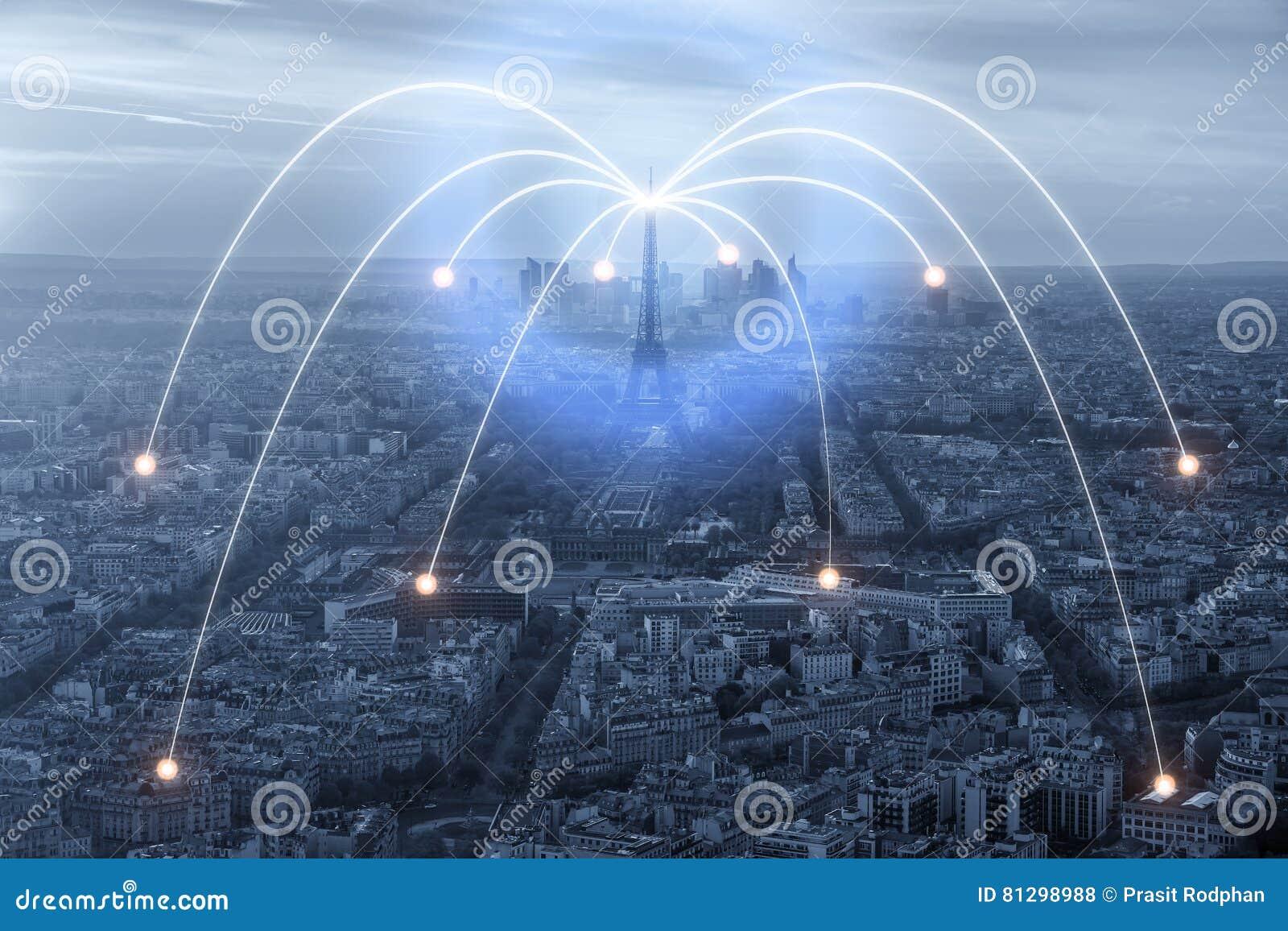 Wifi symbol och Paris stad med begrepp för nätverksanslutning, Paris den smarta staden och radiokommunikationsnätverket