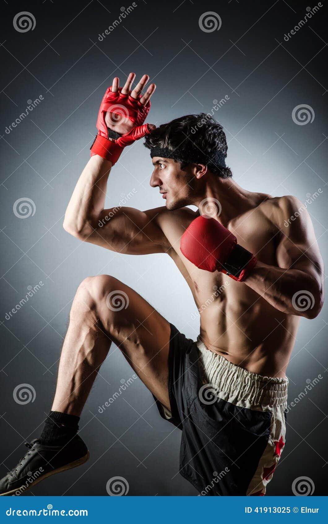 Wiith muscular del boxeador