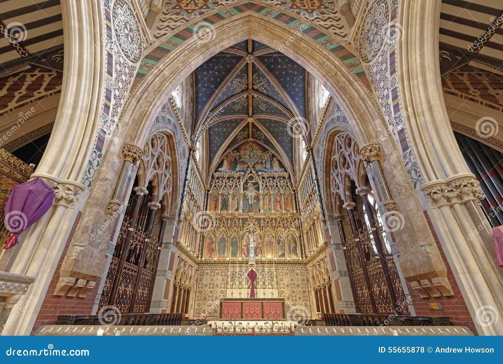 Wiktoriański kościelny wnętrze