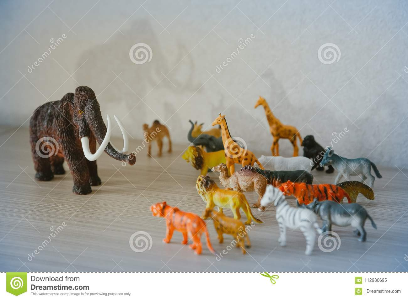 Mammoth ice age fighting with wild animals