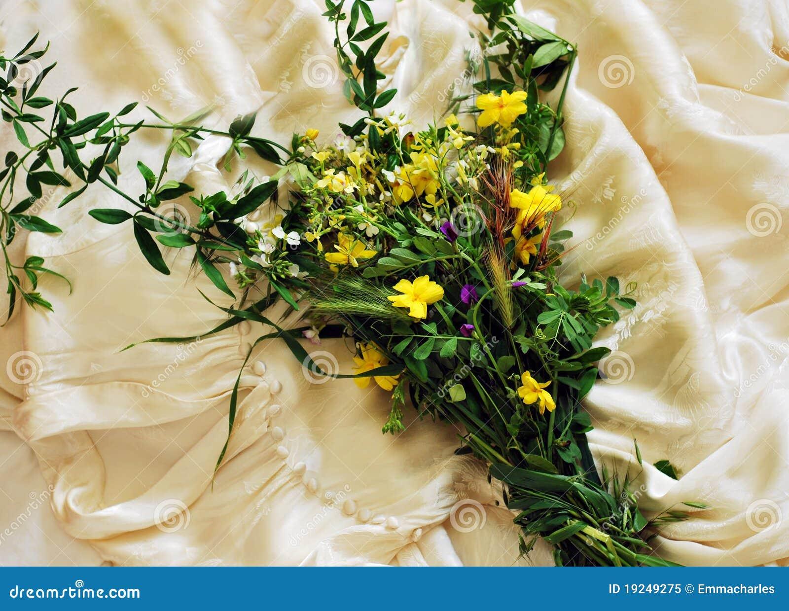 Wild flower wedding bouquetinvitationbackground stock image wild flower wedding bouquetinvitationbackground izmirmasajfo