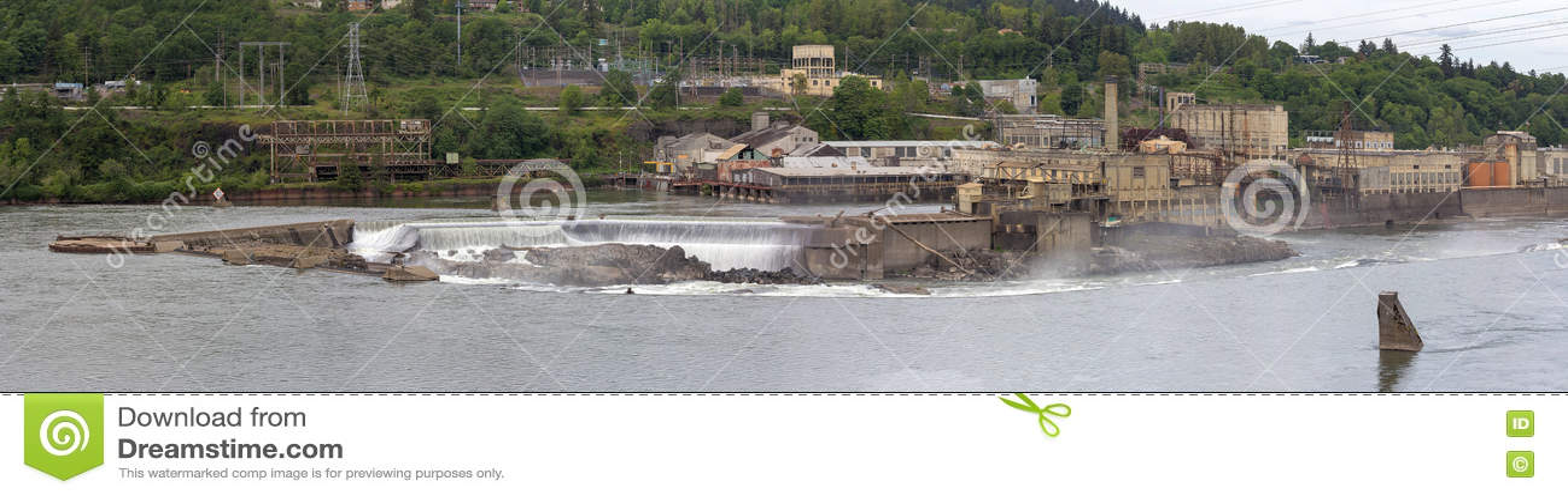 Willamette tombe les moulins à papier dans le panorama de l Orégon