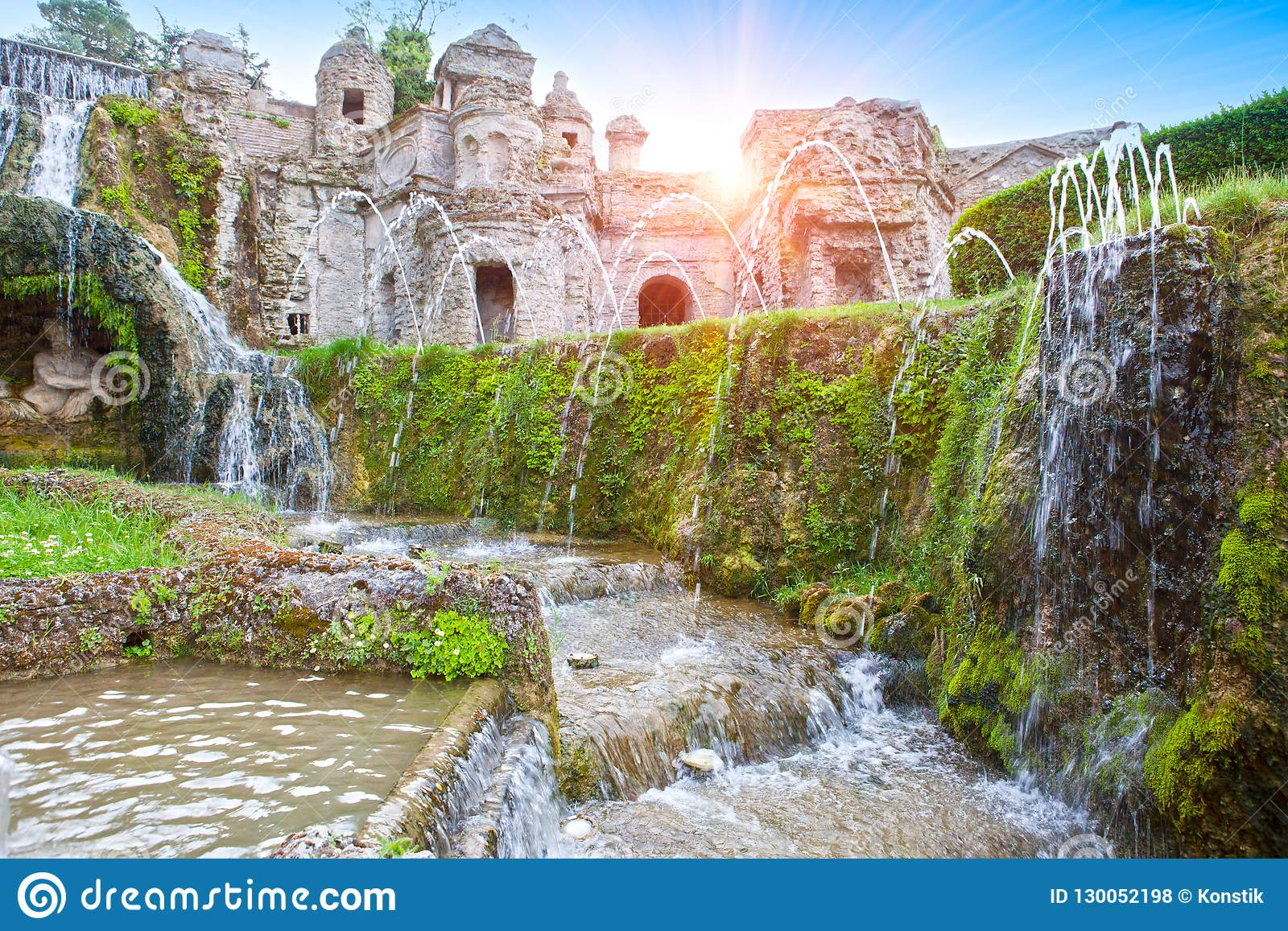 Willi d «Este16th-century fontanna i ogród, Tivoli, Włochy Unesco Światowego Dziedzictwa Miejsce