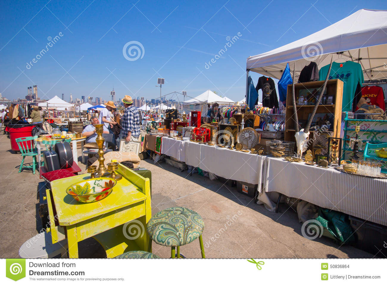 Williamsburg brooklyn flea market editorial stock image - Market place at garden state park ...