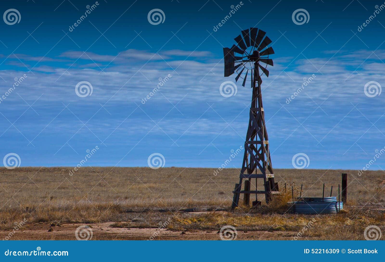 Windmühle auf dem Grasland