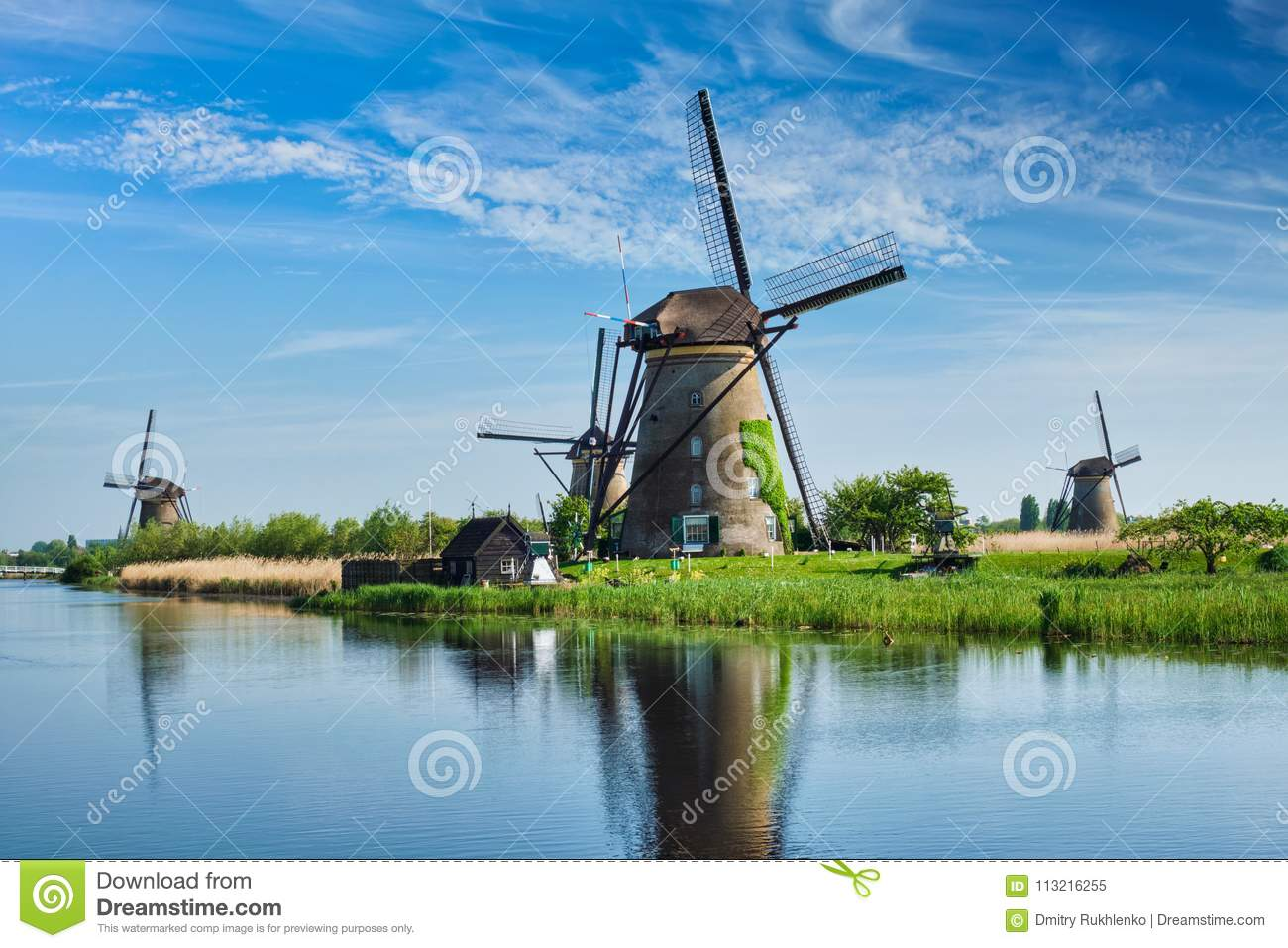 Windmühlen bei Kinderdijk in Holland netherlands
