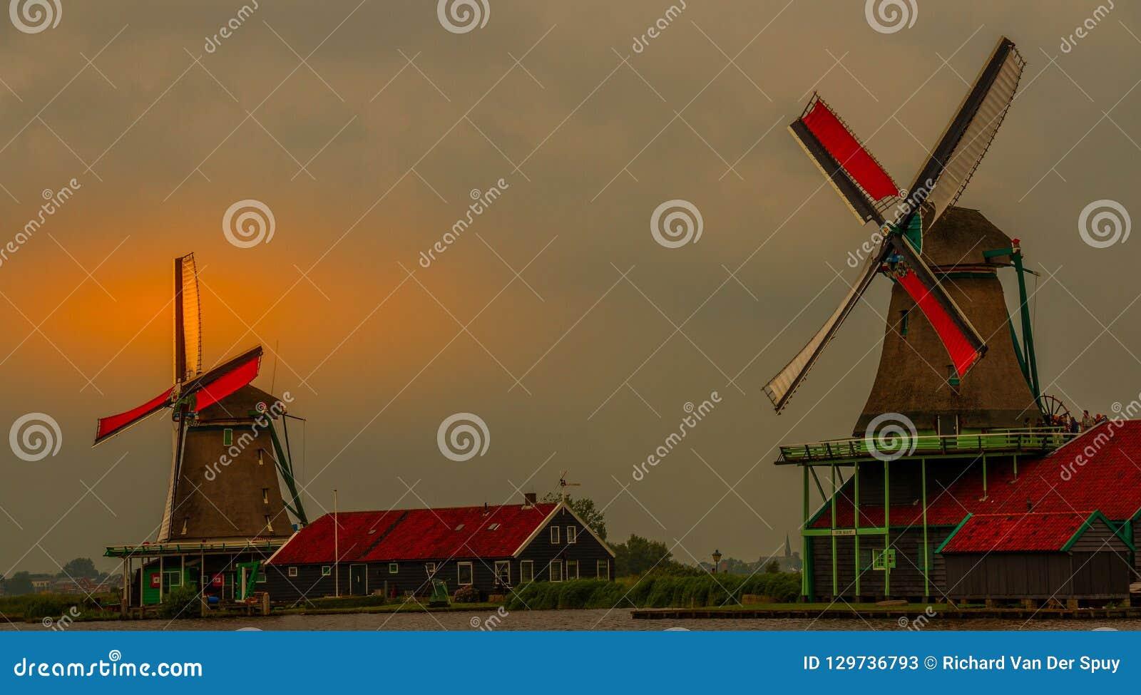 Windmühlen bei Zaanse Shans nahe Amsterdam