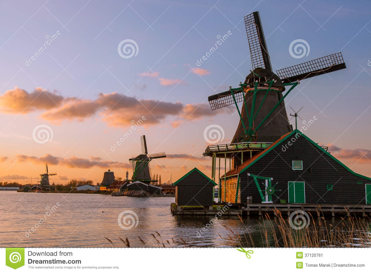 windm hlen in zaanse schans amsterdam holland stockbild bild 37120761. Black Bedroom Furniture Sets. Home Design Ideas