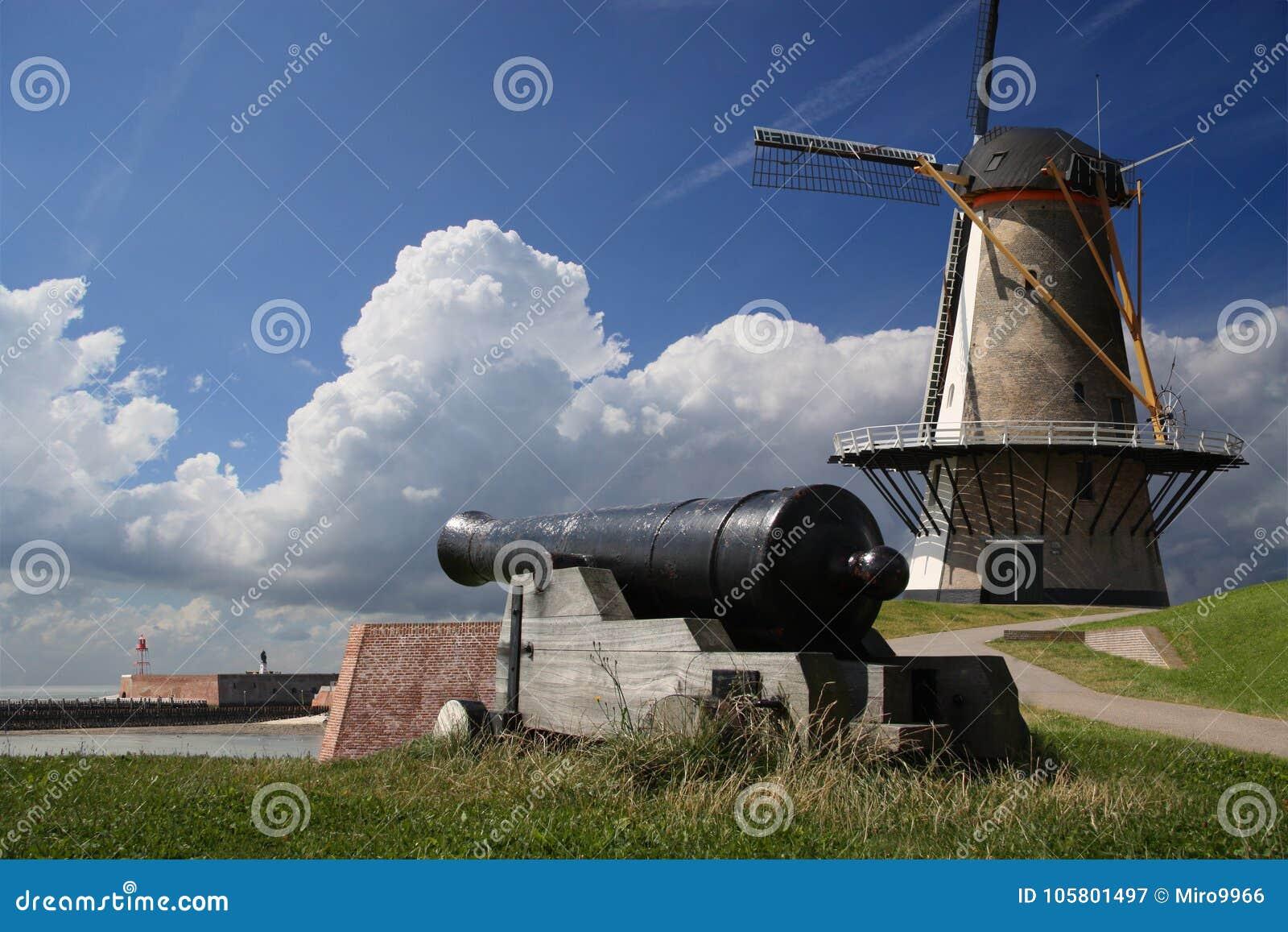 Windmolen en kanon